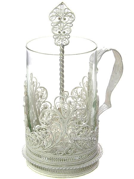 Набор для чая Узор на 1 персону (подстаканник), КазаковоАжурный набор из посеребренного подстаканника, чайной ложки и термостойкого стакана.&#13;<br>Упакован в стильную дизайнерскую коробку Казаково.<br>
