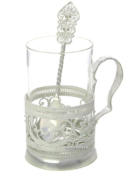 Набор для чая (подстаканник) Завиток на 1 персону, КазаковоАжурный набор из посеребренного подстаканника, чайной ложки и термостойкого стакана.<br>Упакован в стильную дизайнерскую коробку.<br>