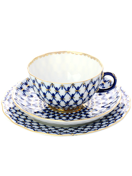 Фарфоровый чайный 3-х предметный комплект форма Тюльпан, рисунок Кобальтовая сетка, Императорский фарфоровый завод3-x предметный фарфоровый чайный комплект.&#13;<br>Объем - 250 мл.<br>