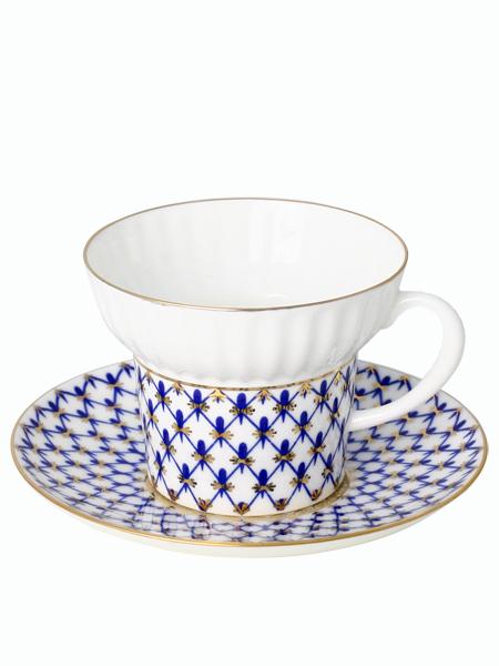 Сервиз чайный форма Волна, рисунок Кобальтовая сетка 6/20, Императорский фарфоровый заводСервиз чайный из 20 предметов: 6 чайных пар, чайник заварочный, сахарница и 6 десертных тарелок.<br>