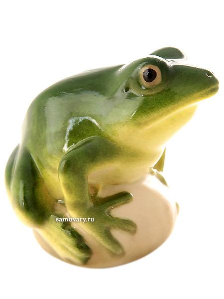 Скульптура Лягушка прудовая зеленая, Императорский фарфоровый заводФарфоровая сувенирная фигурка животного.<br>