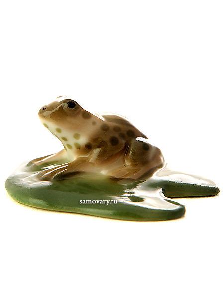 Скульптура Лягушка, Императорский фарфоровый заводФарфоровая сувенирная фигурка животного.<br>