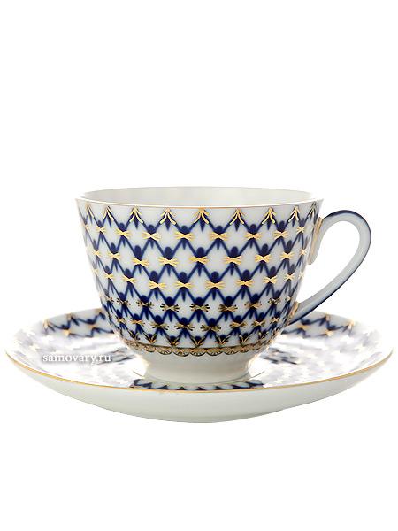 Сервиз чайный форма Весенняя, рисунок Кобальтовая сетка 6/20, Императорский фарфоровый заводСервиз чайный из 20 предметов: 6 чайных пар, чайник заварочный, сахарница и 6 десертных тарелок.<br>