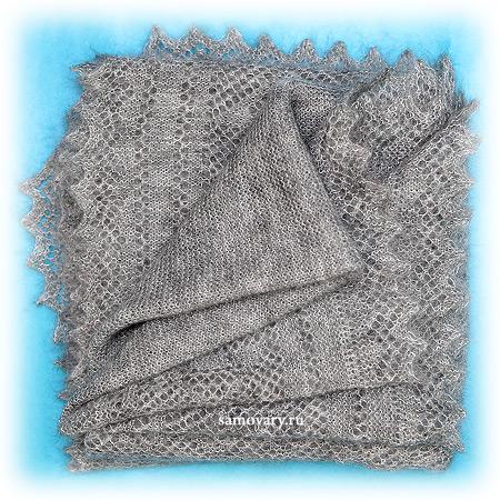 Пуховый оренбургский платок серый, арт. П2-100-03Платок пуховый, цвет - серый.&#13;<br>Размер - 100х100 см.&#13;<br>Состав: пух – 69%, ПА – 31%<br>