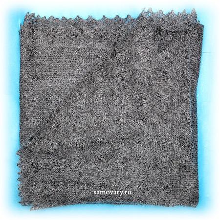 Оренбургский пуховый платок серый, арт. 1с329 (П3-130-03)Платок пуховый, цвет - серый.&#13;<br>Размер - 130х130 см.&#13;<br>Состав: пух – 50%, ПА – 50%<br>