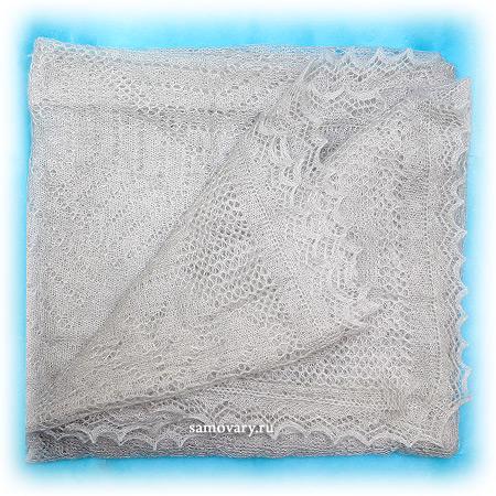 Оренбургский пуховый платок, паутинка серая, арт. А 160-03Ажурный платок, цвет - серый.<br>Размер - 160х160 см.<br>Состав: пух козий – 64%, вискоза – 36%.<br>
