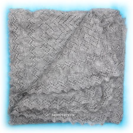 Оренбургский пуховый платок серый, арт. П2-125-03Платок пуховый, цвет - серый.&#13;<br>Размер - 125х125 см.&#13;<br>Состав: пух -69%, ПА- 31%<br>