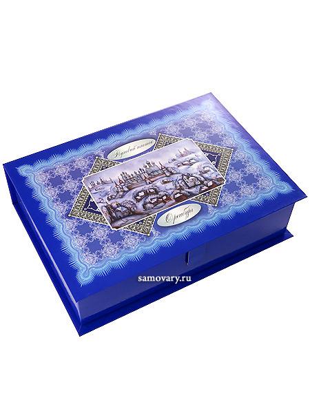 Подарочная шкатулка для Оренбургского платкаLuxury-коробка стилизована под лаковую шкатулку.&#13;<br>На крышке - красивый узорчатый орнамент.<br>