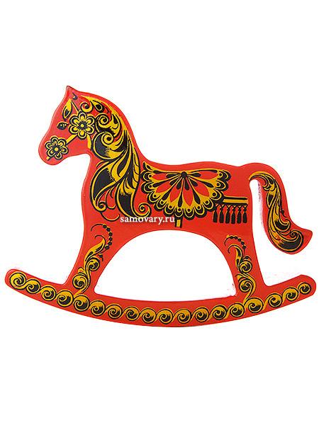 Лошадка-качалка Красная хохлома с ручной художественной росписью, арт.6070Деревянная сувенирная лошадка-качалка.<br>Размер - 10х15 см.<br>