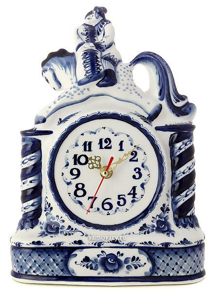 Часы с художественной росписью Гжель Сивка-буркаЧасы керамические с ручной росписью.<br>