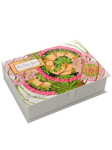 Подарочная коробка От всей душиLuxury-коробка стилизована под лаковую шкатулку.&#13;<br>Размеры 26*19*7см.<br>