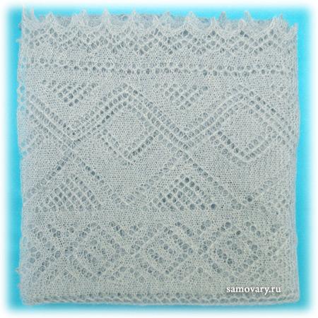 Пуховый оренбургский платок голубой (паутинка), арт. А100-04Оренбургский платок пуховый, цвет - голубой.&#13;<br>Размер - 100х100 см.&#13;<br>Состав: пух козий – 78%, вискоза – 22%.<br>