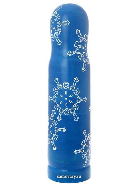 Матрешка-штоф Зима на синем фоне арт.023Матрешка-штоф для бутылки объемом 0,5л.<br>Высота - 33 см.<br>