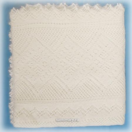 Оренбургский пуховый платок белый, арт. П1-130-02Изящная паутинка, цвет - белый.&#13;<br>Размер - 130х130 см.&#13;<br>Состав: пух – 75%, шелк натуральный – 25%.<br>