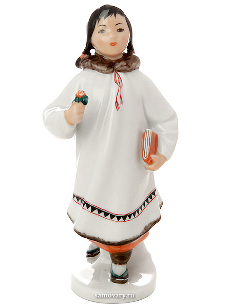Скульптура Якутка с цветком, Императорский фарфоровый заводФарфоровая сувенирная фигурка.<br>