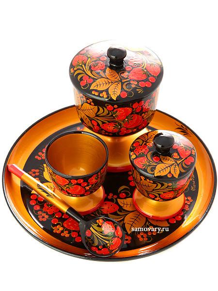 Деревянный набор для стола Хохлома из 5 предметов, арт.63230000005Деревянный набор для стола с хохломской росписью.<br>Состоит из 5 предметов.<br>