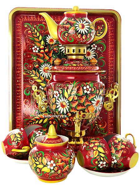 Набор самовар электрический 3 литра с художественной росписью Хохлома на красном фоне с чайным сервизом, арт. 110651сСамовары электрические<br>Комплект из 10 предметов:латунный самовар, металлический поднос, заварочный чайник, сахарница и 6 чайных пар.<br>