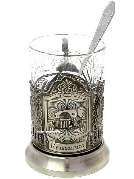 Набор для чая с подстаканником Усадьбы Москвы. Кузьминки КольчугиноЛатунный подстаканник с никелированным покрытием в комплекте со стаканом и чайной ложкой.<br>