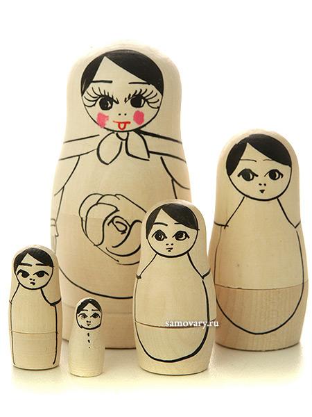 Набор для творчества Матрешка 5 куколок в комплекте с краскамиНабор для творчества из 5 матрешек.<br>Готовый рисунок по контуру. Краски и кисточка в комплекте.<br>