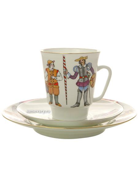 Комплект кофейный: чашка и два блюдца форма Майская, рисунок Дон Кихот, Императорский фарфоровый заводПодарочный фарфоровый комплект - чашка и два блюдца.&#13;<br>Объем чашки - 165 мл.<br>