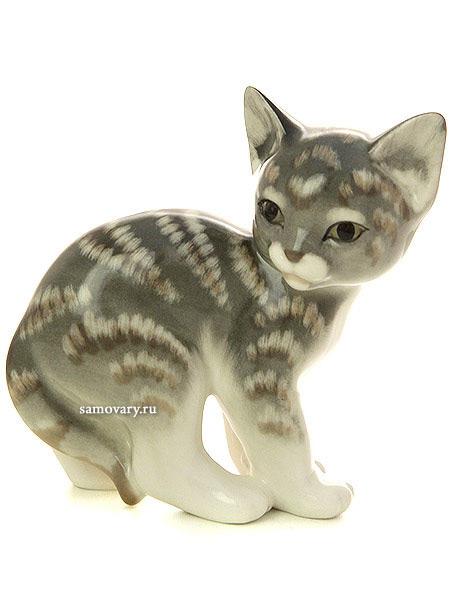 Скульптура Кошка, Императорский фарфоровый заводФарфоровая сувенирная фигурка животного.<br>