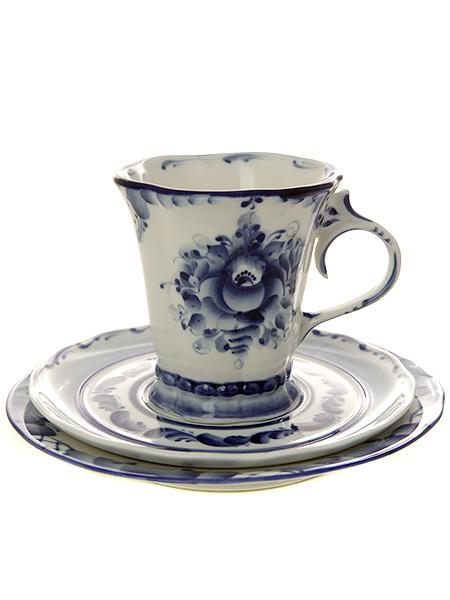 3-х предметный чайный комплект с художественной росписью Гжель КатеринаКерамическая чайная пара с блюдцем и тарелкой с ручной росписью.&#13;<br>Объем - 250 мл.<br>