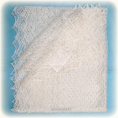 Оренбургский пуховый платок ручной работы, арт. ШП0019, 150Х60Палантин пуховый, цвет - белый.&#13;<br>Размер - 150х60 см.&#13;<br>Состав: козий пух – 85%, шелк натуральный – 15%<br>