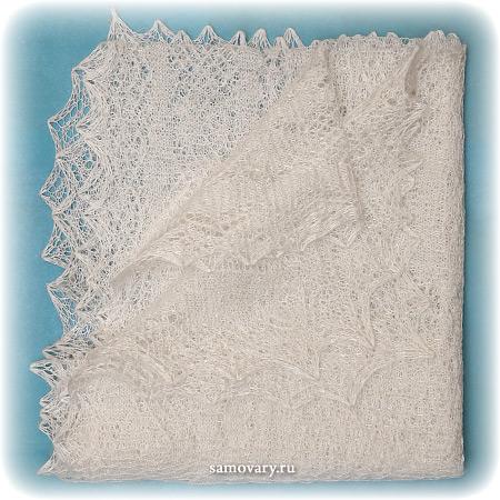 Оренбургский пуховый платок ручной работы, арт. ШП0036, 160Х60Палантин пуховый, цвет - экрю.&#13;<br>Размер - 160х60 см.&#13;<br>Состав: козий пух – 85%, шелк натуральный – 15%<br>