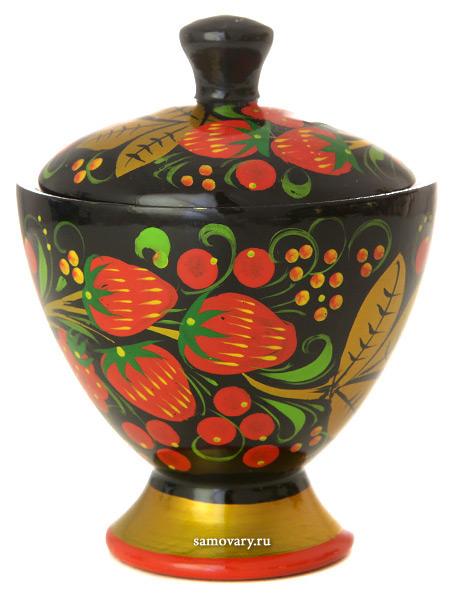 Деревянная солонка Хохлома арт. 25150090080Деревянная солонка с хохломской росписью.<br>Высота - 7 см.<br>