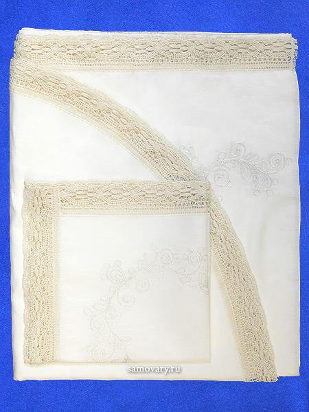 Комплект столового белья белый - лен с вышивкой Вологодским кружевом, арт. 0нхп-523Комплект столового белья с Вологодским кружевом - скатерть и 6 салфеток.&#13;<br>Размер скатерти - 250*150 см.&#13;<br>Салфетки (6 шт) - 40*40 см.<br>