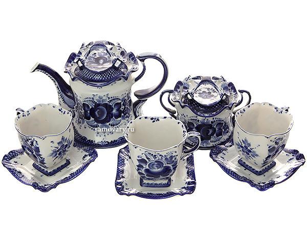Набор чайный на 6 персон с художественной росписью Гжельское чаепитиеГжельский набор из 6 чайных пар, чайника, сахарницы.<br>