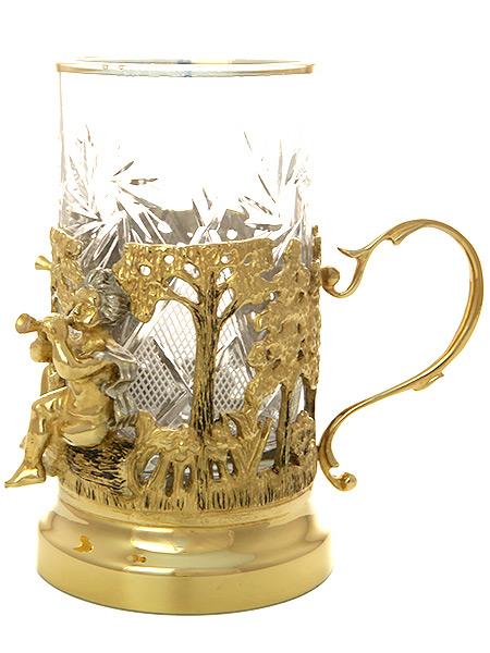 Чайный набор Близнецы позолоченный ЗлатоустЧайный набор позолоченный. <br>Состоит из блюдца, подстаканника, ложки.<br>Упакован в подарочную коробку.<br>Ручная работа....<br>
