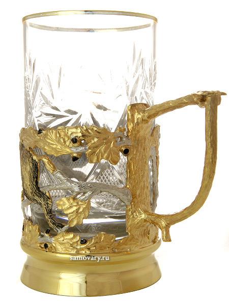 Чайный набор Кабан (ложка, тарелка, хрусталь)  Златоуст позолоченныйЧайный набор позолоченный. <br>Состоит из блюдца, подстаканника, ложки.<br>Упакован в подарочную коробку.<br>Ручная работа.<br>
