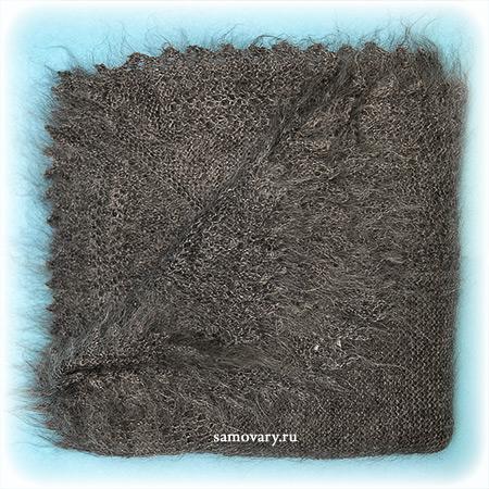 Оренбургский пуховый платок ручной работы плотной вязки, арт. ПП0025, 120х120Платок пуховый плотной вязки, цвет - серый.<br>Размер - 120х120 см.<br>Состав: козий пух – 85%, шелк натуральный – 15%<br>