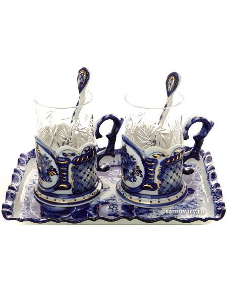 Набор чайный на 2 персоны с художественной росписью Гжель ПодарочныйГжельский набор из 2 подстаканников и подноса.<br>