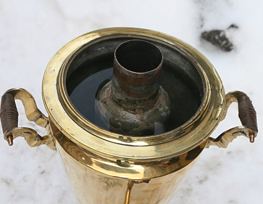 Угольный самовар желтый конус
